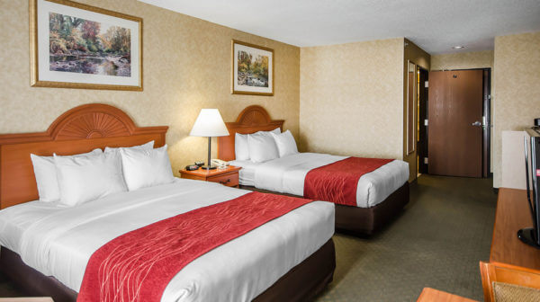 Guest room at Rockport Comfort Inn & Suites